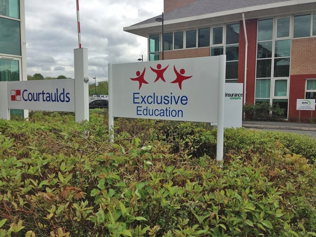 Photo of freestanding signs